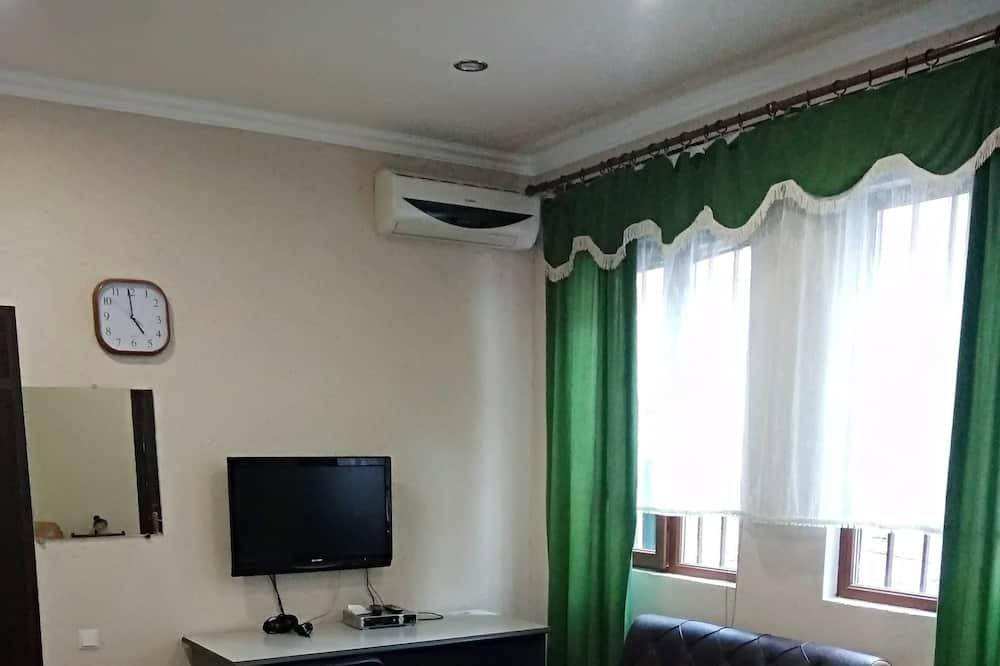 Family Apartment, 2 Bedrooms, Private Bathroom - Pemandangan Laman Dalam