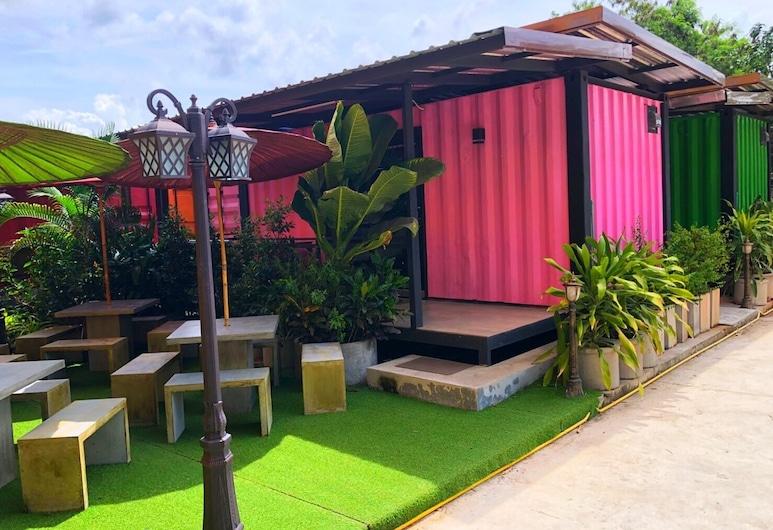 OYO 1031 Amera Resort, Surat Thani, Fachada del hotel