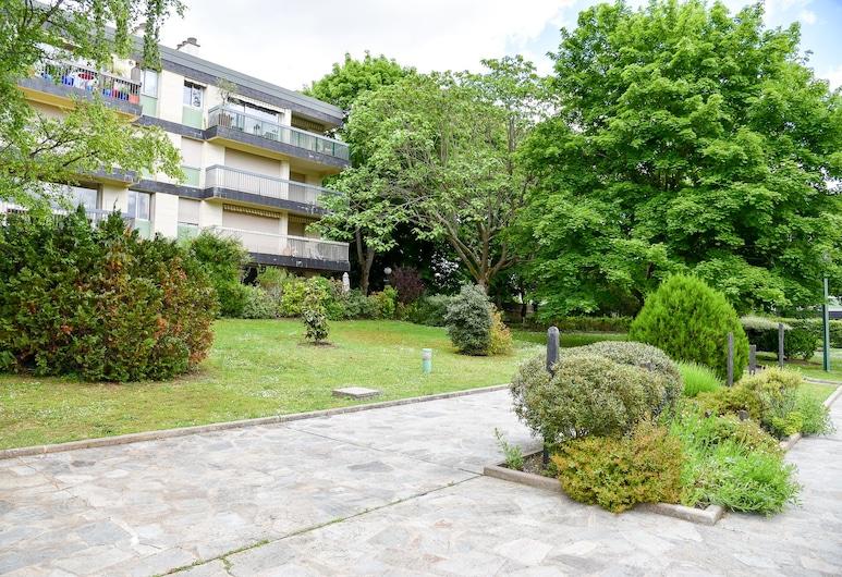 巴黎拉德芳斯附近飯店, 夏圖, 花園