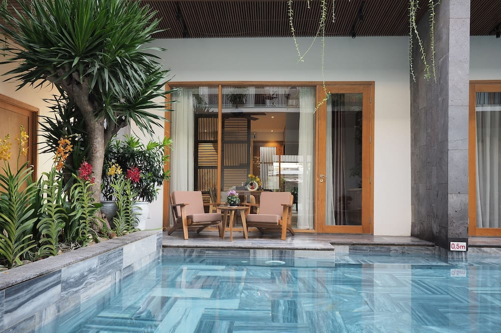 Double Room, Pool View - Water view