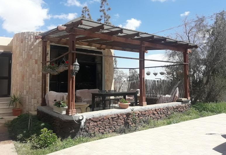 Oasis Negev, Arad