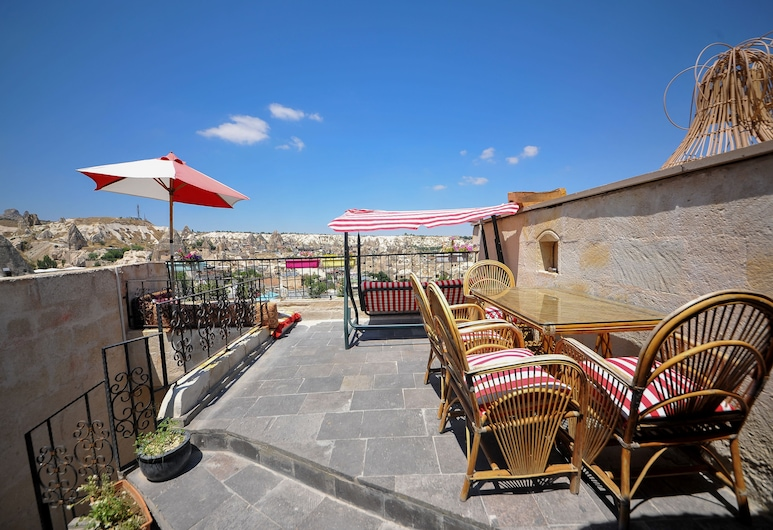 Mysterious Cave Suites, Nevsehir, Terraza o patio