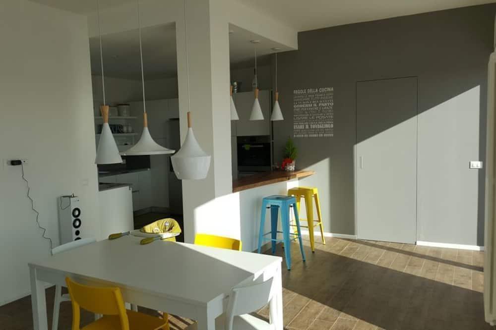 Ρετιρέ, 3 Υπνοδωμάτια, Βεράντα, Θέα στην Πόλη - Γεύματα στο δωμάτιο