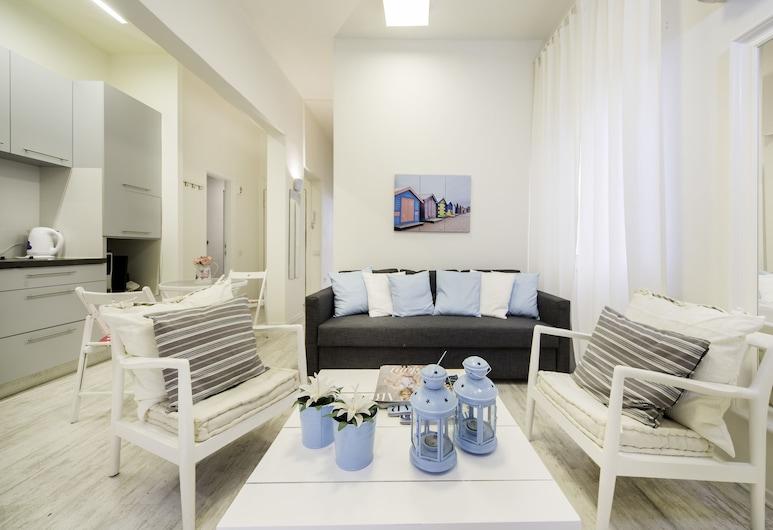 Sea N' Rent Zrubavel, Tel Aviv, Apartment, 2 Bedrooms, Living Room