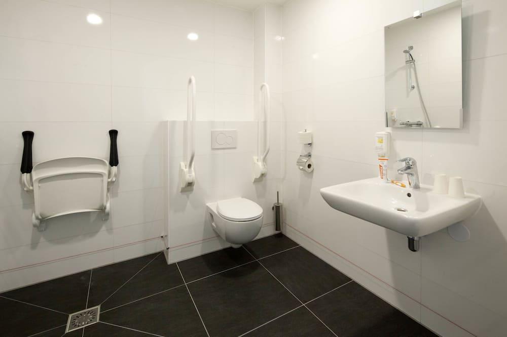 חדר סופריור זוגי, נגישות לנכים - חדר רחצה