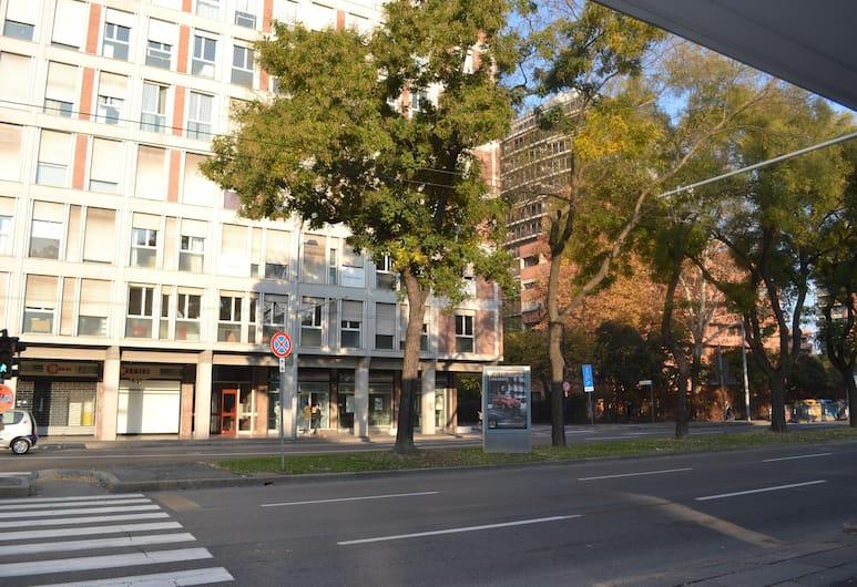 4 Star Apartments, Bologna, Esterni