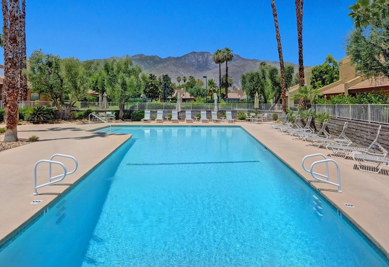 2985 E Avery Dr Condo Unit C, Palm Springs, Buitenzwembad
