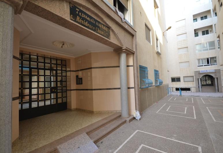 Immeuble Chams Martil, Martil, Front of property