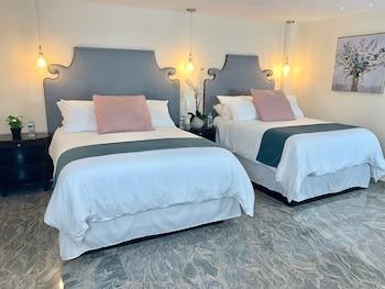 Picture of Rio Suites Hotel & Apartments in Tijuana