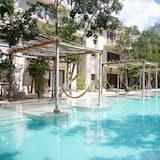 Deluxe Suite,  Poolside - Вибране зображення