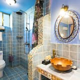 Mediterranean Style Twin Room - Bathroom