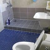 Family Room - Phòng tắm