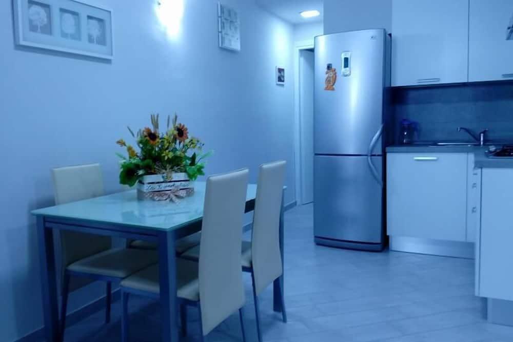 apartman, 1 hálószobával, kilátással a völgyre - Étkezés a szobában