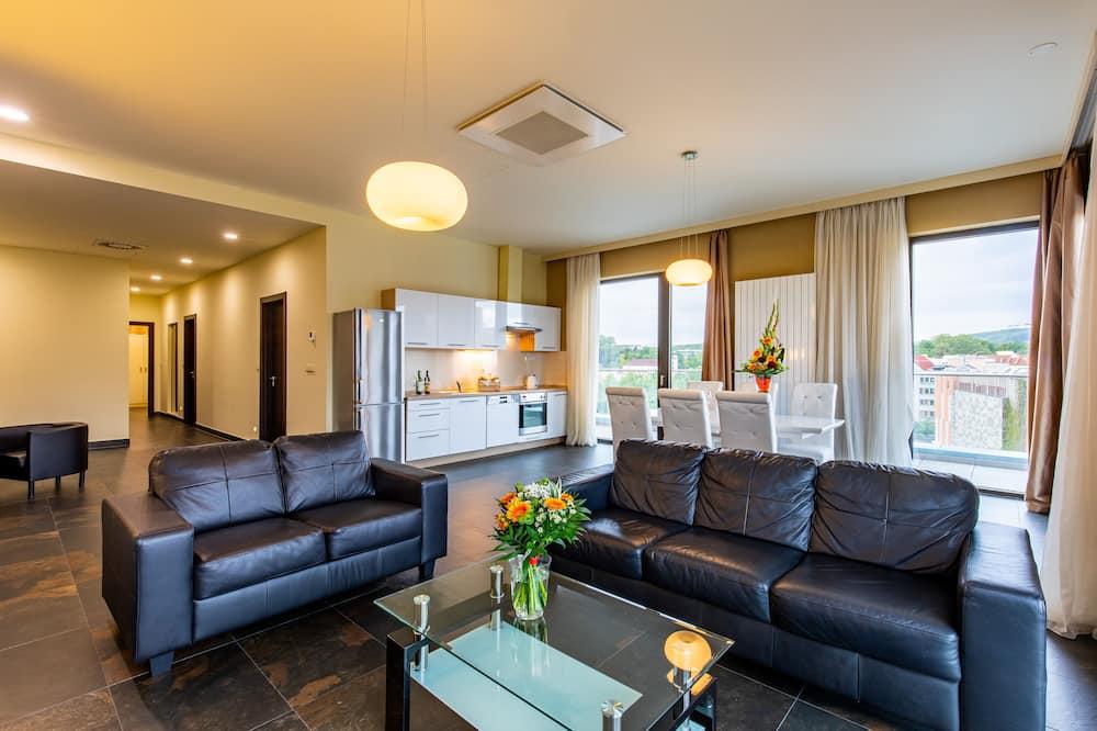 Apartment, 3 Bedrooms, Balcony - Ruang Tamu