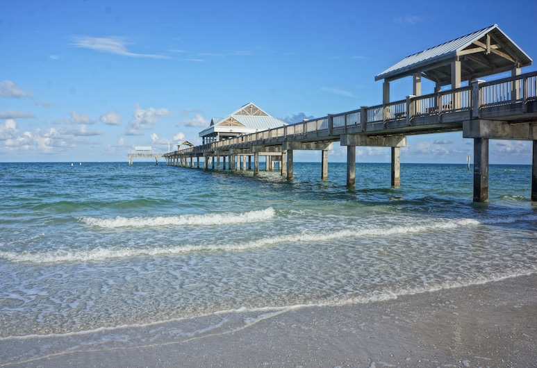 2040 Forest Drive Home, Clearwater, House, 3 Bedrooms, Beach