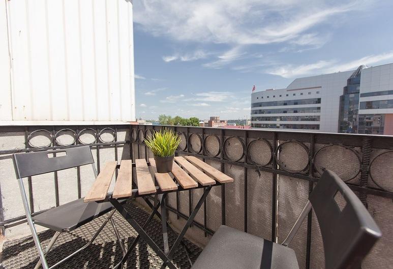 Mini-hotel Sedmoye Nebo, Tcheliabinsk, Chambre Quadruple Confort, Balcon
