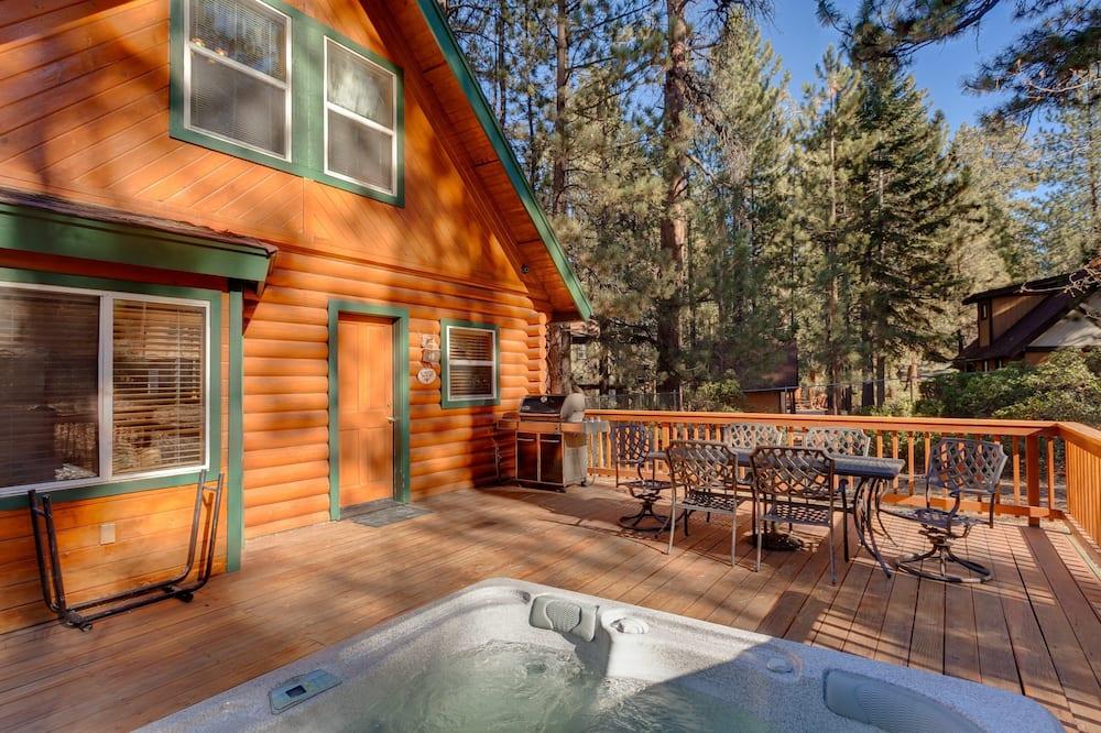 Rumah, 3 kamar tidur - Bathtub Spa Luar Ruangan