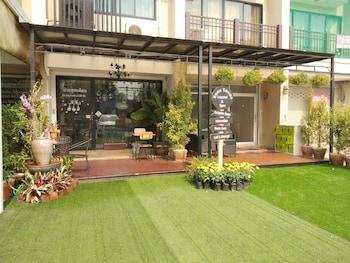 Picture of Bann Tawan Hostel & Spa in Chiang Rai