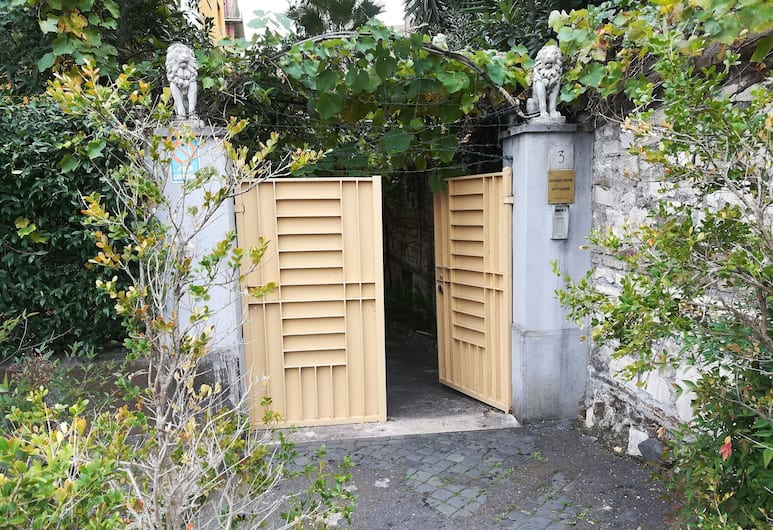 Cristina's Residence, Rome, Hotel Entrance