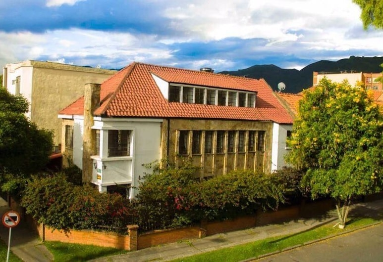 House for Groups- The Hostal Project , Bogotá, Hotel Front
