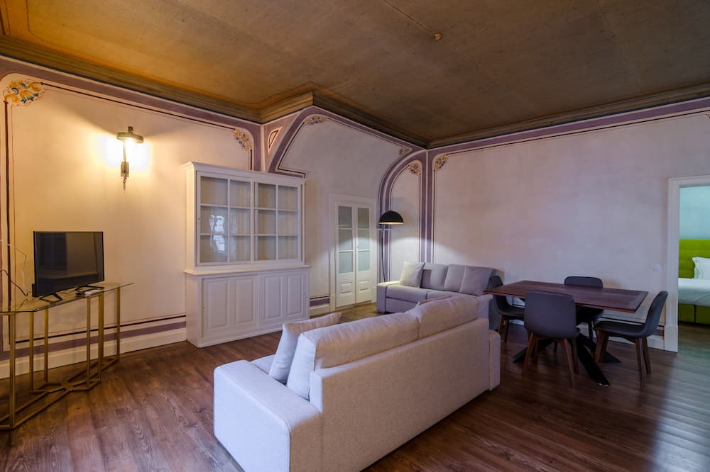 Apartment (Menino d' Oiro) - Living Room