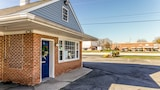 Picture Of White Marsh Motel In
