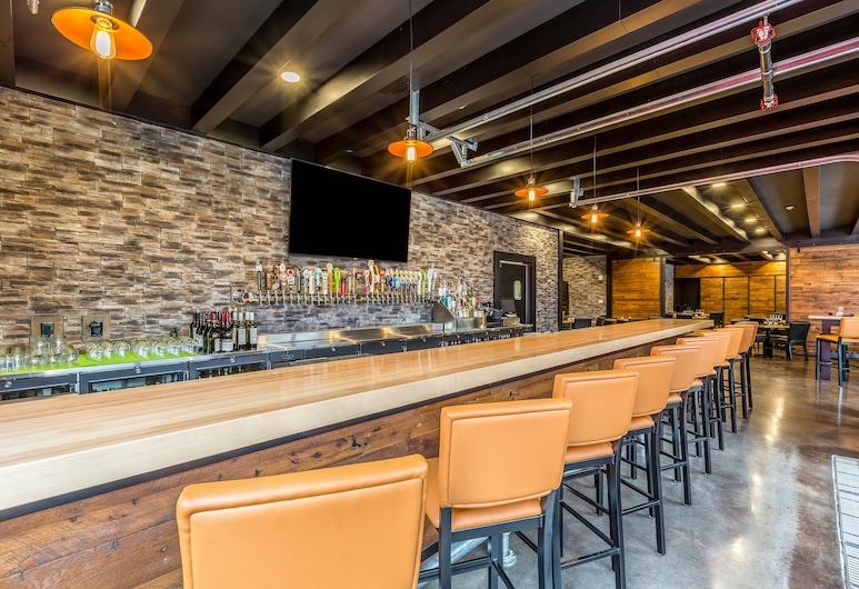 Cobblestone Hotel & Suites - Hartford, Hartford, Hotellbar