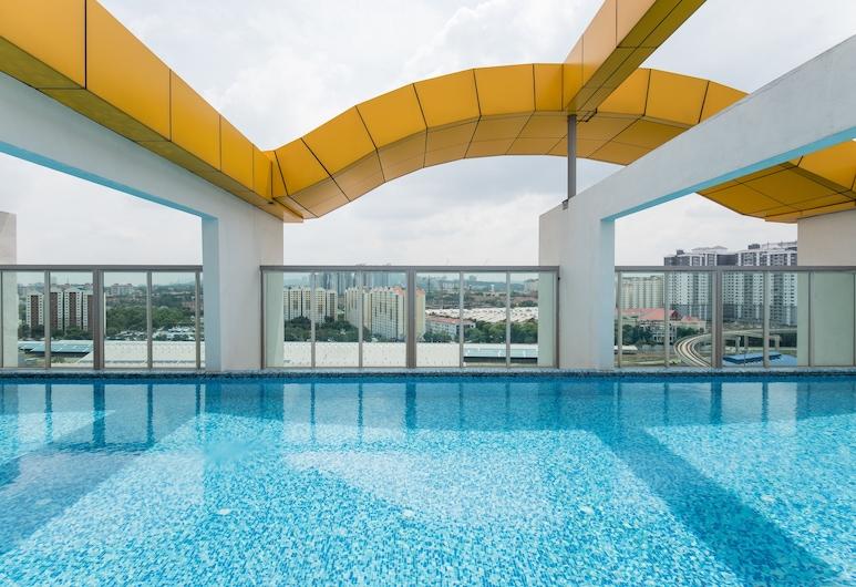 My Casa 2 Bedroom Central PJ Sunway, Petaling Jaya, Piscina no Terraço