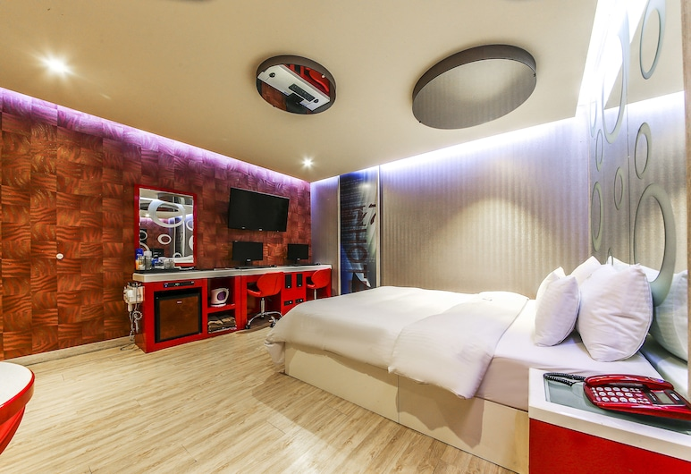 M7 Hotel, Seoul, Standard Room, Guest Room
