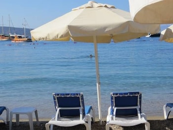 Picture of White and Blue Bodrum in Bodrum