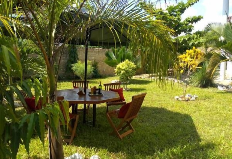 Sea Breeze villas, Диани-Бич, Семейный коттедж, 2 спальни, Сад