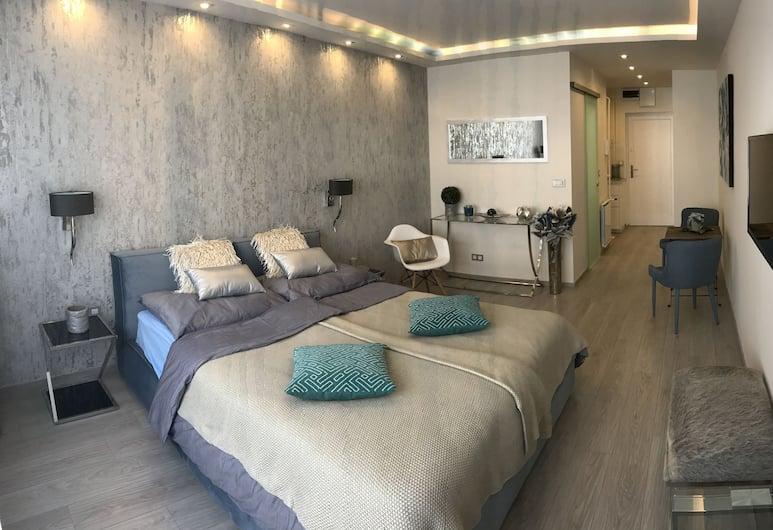 Dfive Apartments - Danube Corso, Budapeštas, Danube Corso Boutique Apartment, Kambarys