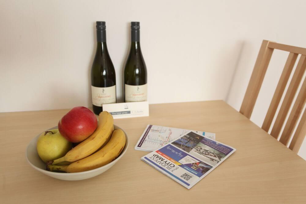 Danube Corso Boutique Apartment - In-Room Dining