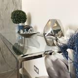 Danube Corso Boutique Apartment - Guest Room