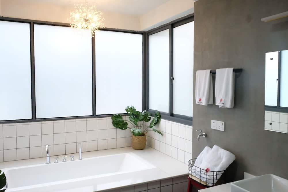 Люкс, 3 спальни - Ванная комната