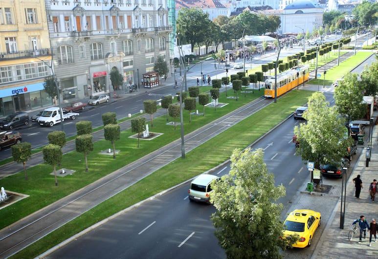 Dfive Apartments - Splendor, Budapeszt, Splendor Above the City, Widok zpokoju