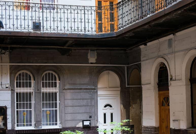 Dfive Apartments - Szinyei, Budapešť, Dvor