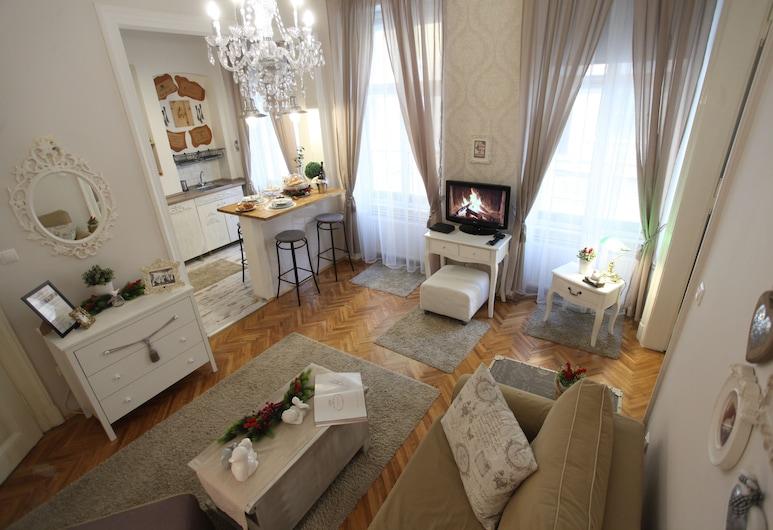Dfive Apartments - Vintage, Budapest, Vintage Apartment at Basilica, Vardagsrum