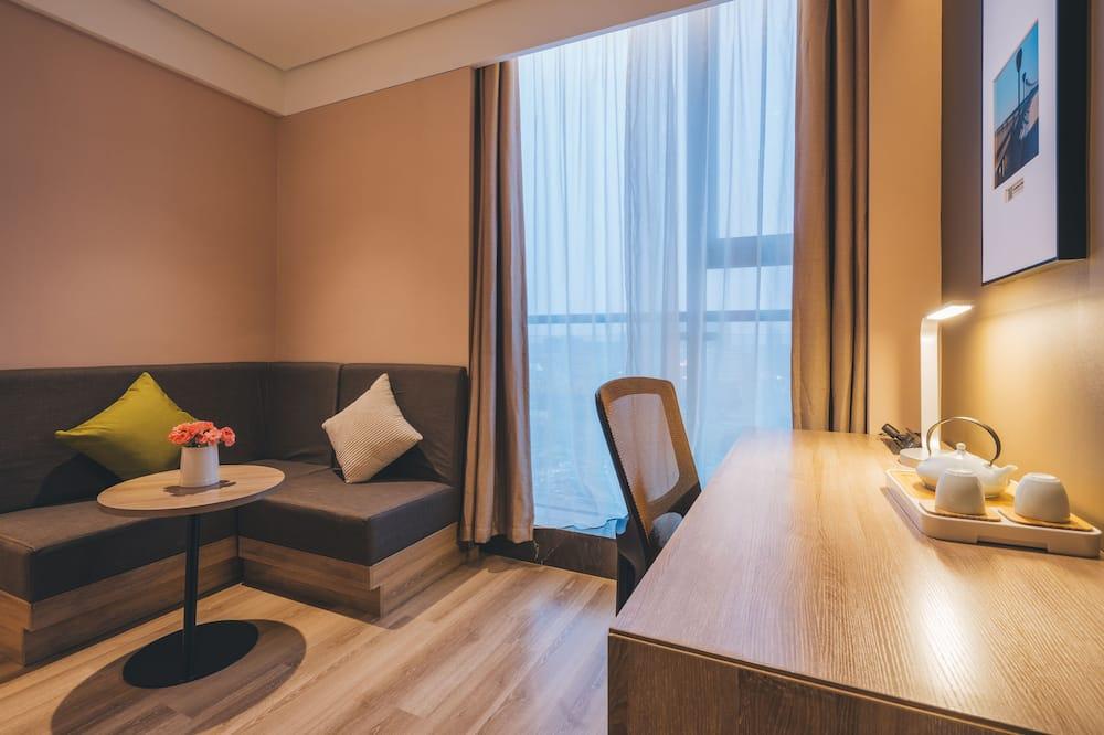 Design King Room - Living Area
