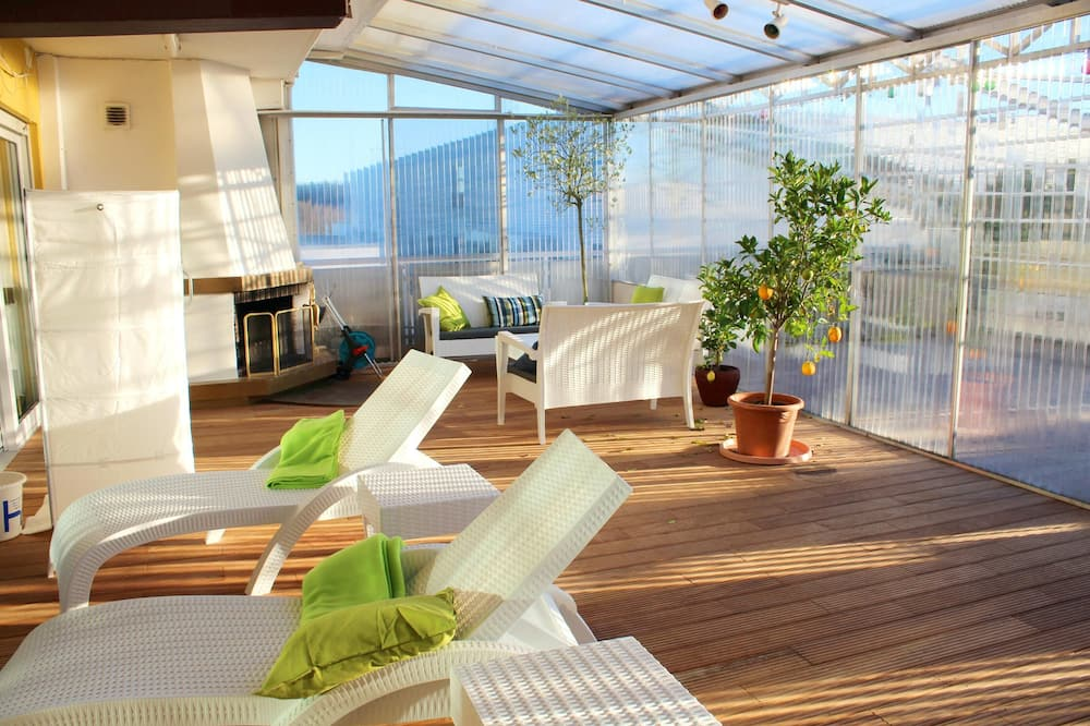Apartment With 2 Bedrooms in Sauerlach, With Indoor Pool, Enclosed Garden and Wifi - 50 km From the Slopes
