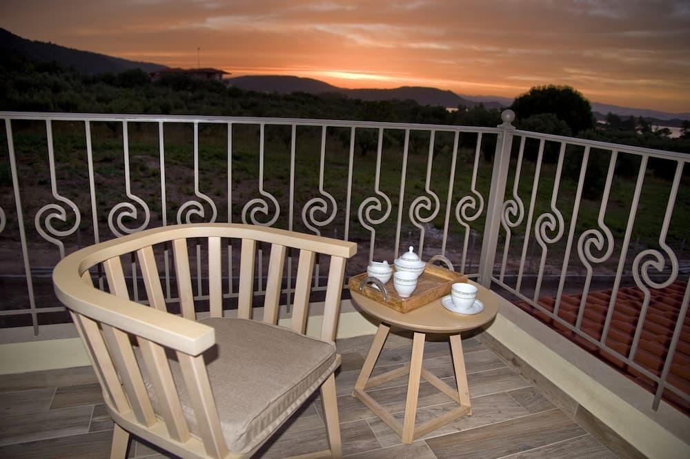 Villa, divas guļamistabas (Afi) - Balkons