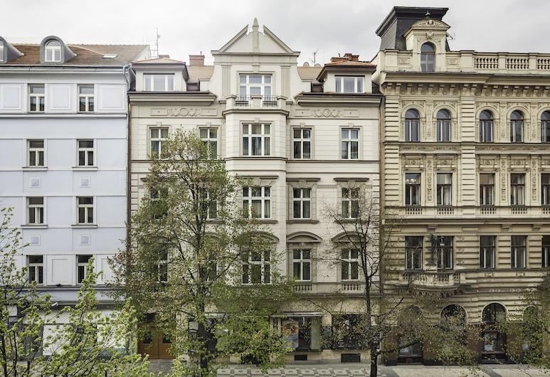 Elizabeth Suites, Praga, Frente do imóvel