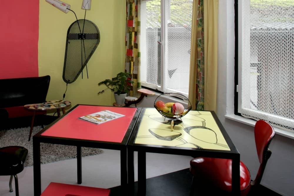 Apart Daire, 1 Yatak Odası, Küçük Mutfak - Odada Yemek Servisi