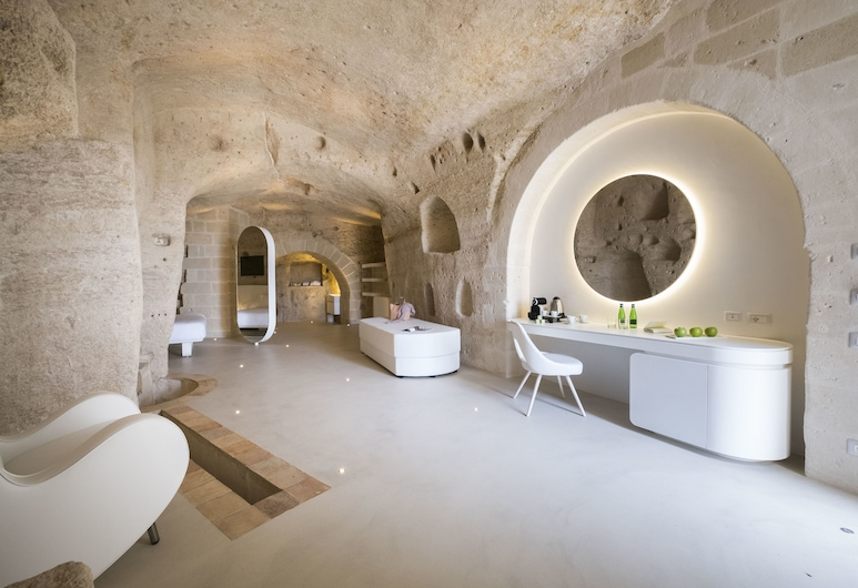 Aquatio Cave Luxury Hotel & SPA, Matera, Superior Suite, Guest Room