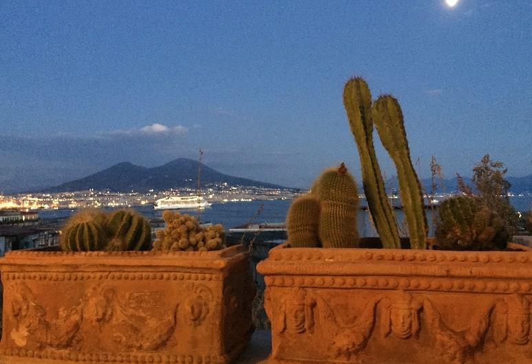 Templars'f Home Loft da Sogno Marinaro, Napoli, Duplex – panoramic, 2 soverom, terrasse, utsikt mot sjø, Terrasse/veranda