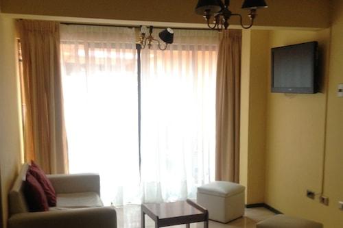 阿斯托爾公寓酒店/