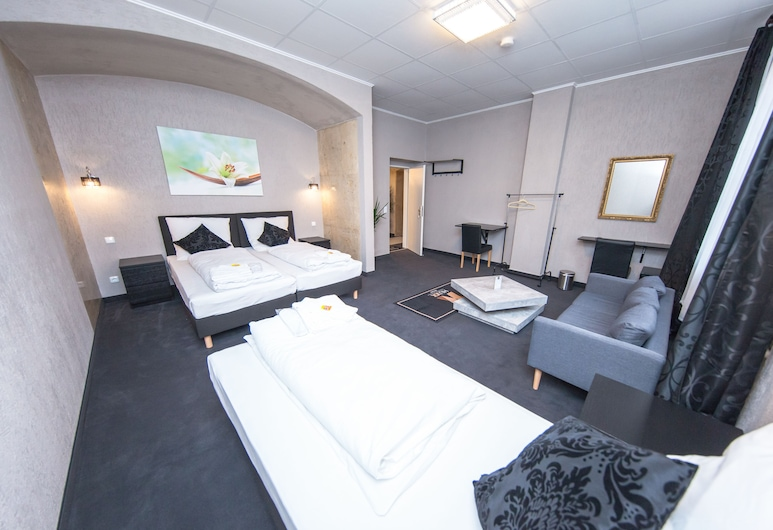 HUXX Rooms, Nuremberg, Family Suite (1), Guest Room
