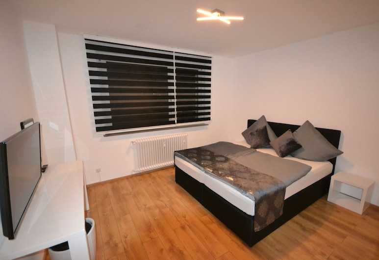 Madame Tower, Cologne, Apartment, 2 Bedrooms, Room
