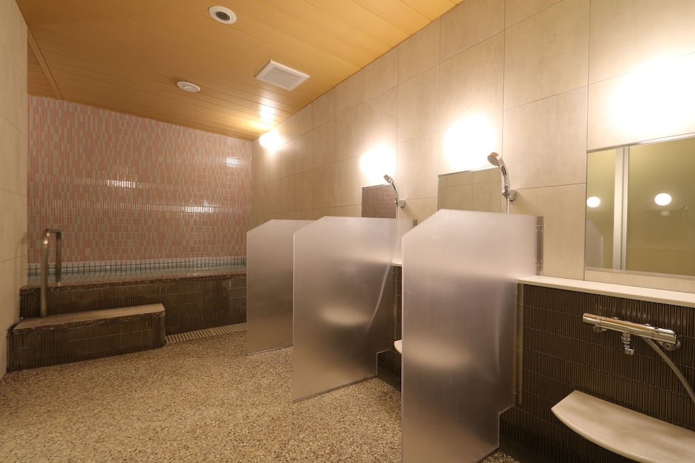 Moderate Cabin Lower Bed for Female (for Two) - Bathroom