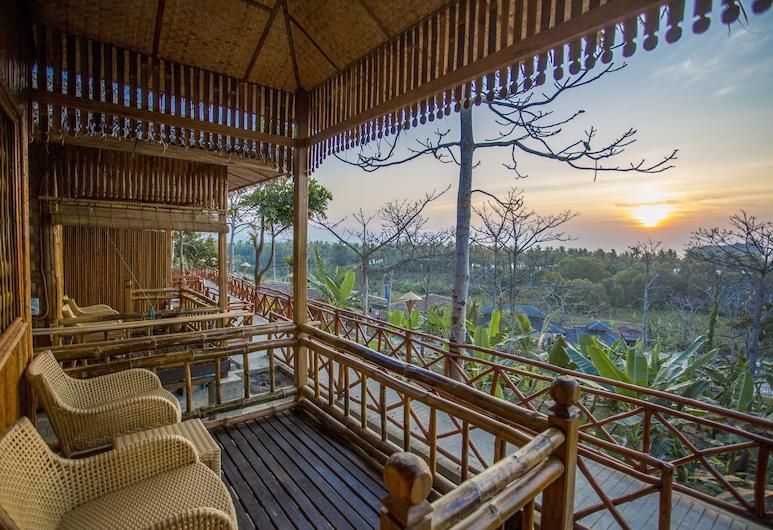 JL Lodge Ngwe Saung, Plážový rezort Ngwe Saung, Bungalov typu Deluxe, výhľad na more, Balkón